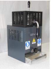 Separator a recyklátor strusky z pájecí vlny